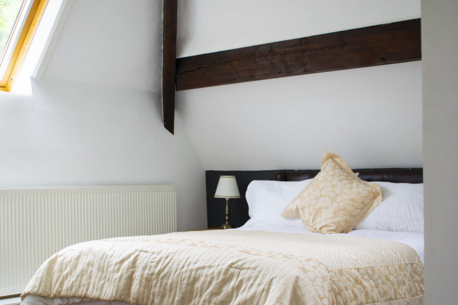 Room 6 double bed close